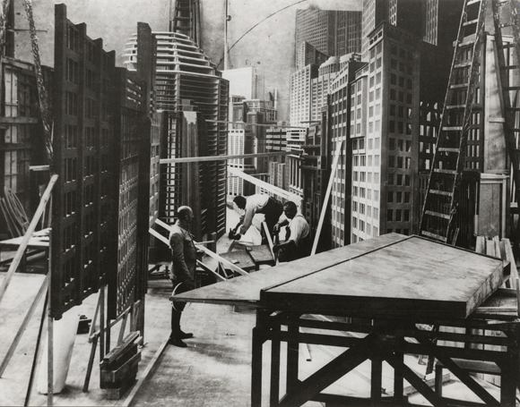 At the set of 'Metropolis' (Lang 1927)