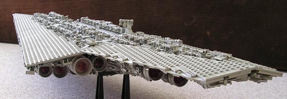 Executor Lego moc by Lasse Deleuran