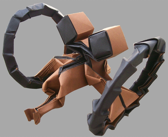 Origami Hailfire Droid by Martin Hunt
